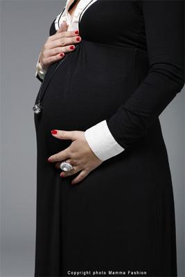 le bola de grossesse un pendentif future maman indispensable. Black Bedroom Furniture Sets. Home Design Ideas